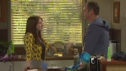 Summer Hoyland, Karl Kennedy  in Neighbours Episode 6428