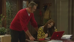 Karl Kennedy, Summer Hoyland  in Neighbours Episode 6428