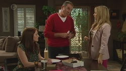 Summer Hoyland, Karl Kennedy, Natasha Williams  in Neighbours Episode 6428