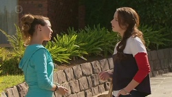 Jade Mitchell, Kate Ramsay in Neighbours Episode 6429