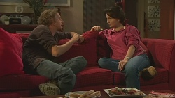Lucas Fitzgerald, Vanessa Villante in Neighbours Episode 6429