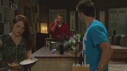 Summer Hoyland, Karl Kennedy, Chris Pappas in Neighbours Episode 6429