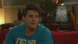 Chris Pappas in Neighbours Episode 6429
