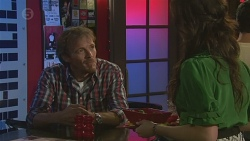 Captain Troy Miller, Kate Ramsay in Neighbours Episode 6429