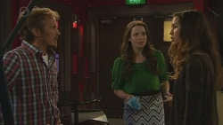 Captain Troy Miller, Kate Ramsay, Jade Mitchell in Neighbours Episode 6429