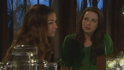 Jade Mitchell, Kate Ramsay in Neighbours Episode 6430