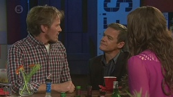 Captain Troy Miller, Paul Robinson, Kate Ramsay in Neighbours Episode 6430