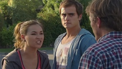 Jade Mitchell, Kyle Canning, Captain Troy Miller in Neighbours Episode 6430
