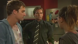 Kyle Canning, Rhys Lawson, Jade Mitchell in Neighbours Episode 6430