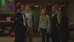 Const. Ian McKay, Kyle Canning, Sonya Mitchell, Toadie Rebecchi, Jade Mitchell in Neighbours Episode 6432