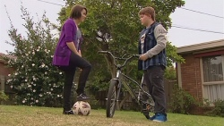 Sophie Ramsay, Callum Jones in Neighbours Episode 6433