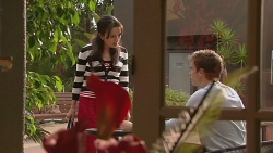Vanessa Villante, Rhys Lawson in Neighbours Episode 6433