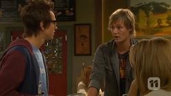 Ed Lee, Andrew Robinson, Natasha Williams in Neighbours Episode 6434