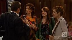 Paul Robinson, Zoe Alexander, Summer Hoyland, Susan Kennedy in Neighbours Episode 6434