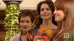 Susan Kennedy, Zoe Alexander, Summer Hoyland in Neighbours Episode 6435