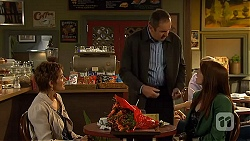 Susan Kennedy, Karl Kennedy, Summer Hoyland in Neighbours Episode 6435