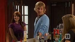 Summer Hoyland, Andrew Robinson, Natasha Williams in Neighbours Episode 6436