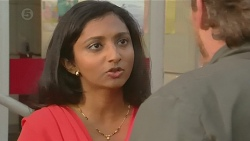 Priya Kapoor, Captain Troy Miller in Neighbours Episode 6437