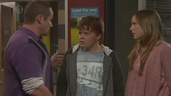 Toadie Rebecchi, Callum Jones, Sonya Mitchell in Neighbours Episode 6437