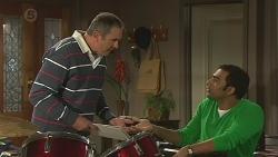 Karl Kennedy, Ajay Kapoor in Neighbours Episode 6439