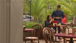 Summer Hoyland, Chris Pappas in Neighbours Episode 6442