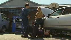 Chris Pappas, Andrew Robinson, Lucas Fitzgerald in Neighbours Episode 6442