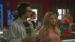 Ed Lee, Natasha Williams in Neighbours Episode 6442
