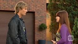 Andrew Robinson, Summer Hoyland in Neighbours Episode 6443