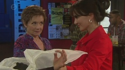 Susan Kennedy, Vanessa Villante in Neighbours Episode 6444