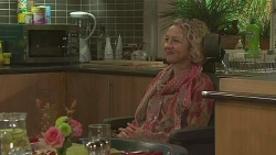 Elaine Lawson in Neighbours Episode 6444