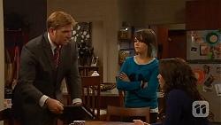 Phillip Reeve, Sophie Ramsay, Kate Ramsay in Neighbours Episode 6445