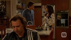 Lucas Fitzgerald, Rhys Lawson, Vanessa Villante in Neighbours Episode 6446