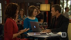 Zoe Alexander, Sophie Ramsay, Paul Robinson in Neighbours Episode 6446