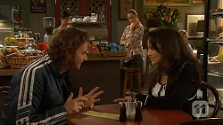 Lucas Fitzgerald, Sonya Mitchell, Vanessa Villante in Neighbours Episode 6446