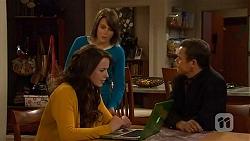Kate Ramsay, Sophie Ramsay, Paul Robinson in Neighbours Episode 6446