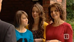 Sophie Ramsay, Kate Ramsay, Zoe Alexander in Neighbours Episode 6446