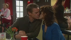 Paul Robinson, Zoe Alexander in Neighbours Episode 6447