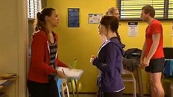 Jade Mitchell, Summer Hoyland in Neighbours Episode 6449