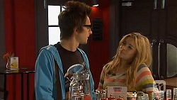 Ed Lee, Natasha Williams in Neighbours Episode 6449
