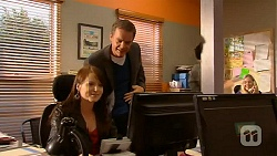 Summer Hoyland, Paul Robinson in Neighbours Episode 6450