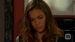 Jade Mitchell in Neighbours Episode 6450