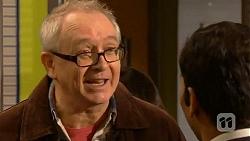 Brian Lindsay, Ajay Kapoor in Neighbours Episode 6451