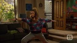 Jade Mitchell in Neighbours Episode 6451
