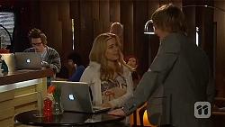Ed Lee, Natasha Williams, Andrew Robinson in Neighbours Episode 6453