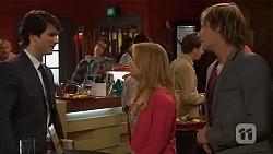 Matt Plath, Natasha Williams, Andrew Robinson in Neighbours Episode 6453