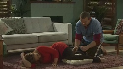 Sonya Mitchell, Toadie Rebecchi in Neighbours Episode 6454
