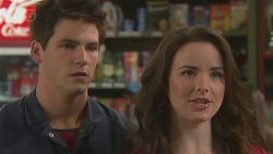 Chris Pappas, Kate Ramsay in Neighbours Episode 6454