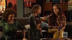 Zoe Alexander, Sophie Ramsay, Kate Ramsay in Neighbours Episode 6455