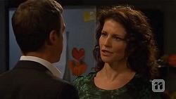 Paul Robinson, Zoe Alexander in Neighbours Episode 6455