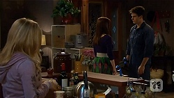 Natasha Williams, Summer Hoyland, Chris Pappas in Neighbours Episode 6455